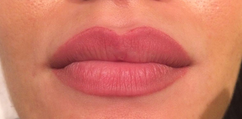 Maquillage permanent lèvre